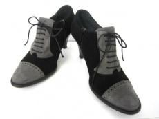 TOUS LES JOURS(トゥレジュール)のブーツ