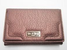 YIN&YANG(イン&ヤン)の2つ折り財布