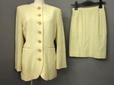 Mademoiselle Dior(マドモアゼルディオール)のスカートスーツ