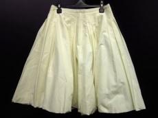 DEUXIEMECLASSEL'allure(ドゥーズィーエムクラスラリュー)のスカート