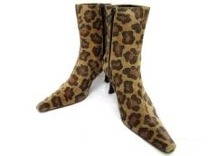 La ModaGOJI(ラモーダゴジ)のブーツ