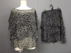 BEAMS Lights(ビームスライツ)のスカートセットアップ