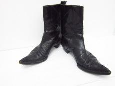 COSTUME NATIONAL(コスチュームナショナル)のブーツ