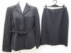 J.PRESS(ジェイプレス)のスカートスーツ
