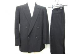 COMMEdesGARCONSHOMMEDEUX(コムデギャルソンオムドゥ)のメンズスーツ