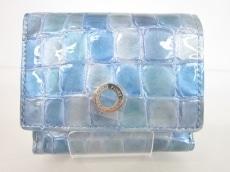 COCCOFIORE(コッコフィオーレ)の3つ折り財布