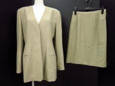 GIORGIOARMANI(ジョルジオアルマーニ)のスカートスーツ