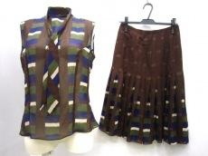 CESARE FABBRI(チェザレファブリ)のスカートセットアップ