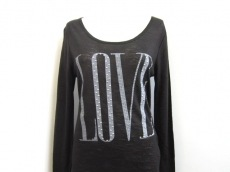 COOLA(クーラ)のTシャツ