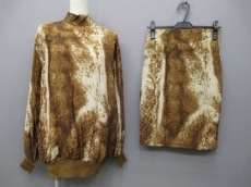 GIANFRANCOFERRE(ジャンフランコフェレ)のスカートセットアップ