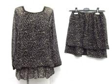KLEIN PLUS(クランプリュス)のスカートセットアップ