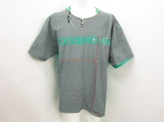 GOODENOUGH(グッドイナフ)のTシャツ