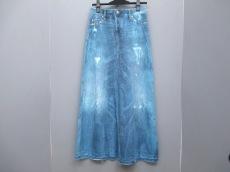 MBLUCAScachette(エムビールーカスカシェット)のスカート