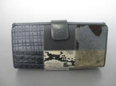MioMilano(ミオ・ミラノ)の長財布