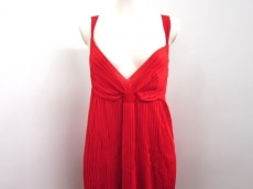 SalvatoreFerragamo(サルバトーレフェラガモ)のドレス