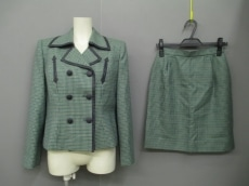 missashida(ミスアシダ)のスカートスーツ