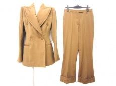 GIANFRANCO FERRE(ジャンフランコフェレ)のレディースパンツスーツ