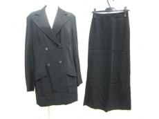 DRIESVANNOTEN(ドリスヴァンノッテン)のスカートスーツ