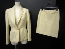 BALMAIN(バルマン)のスカートスーツ