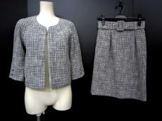 MANOUQUA(マヌーカ)のスカートスーツ