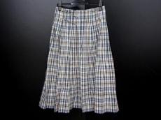 Umii 908(ウミ908)のスカート