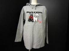 Black&White(ブラック&ホワイト)のパーカー