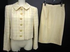 KAZ ITO(カズイトウ)のスカートスーツ