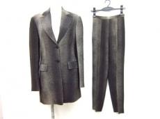 SalvatoreFerragamo(サルバトーレフェラガモ)のレディースパンツスーツ