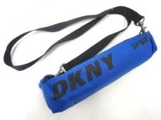 DKNY(ダナキャラン)の傘