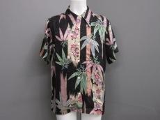 花旅楽団(ハナタビガクダン)のシャツ