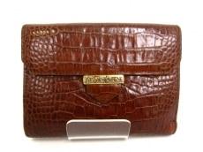 YvesSaintLaurent(イヴサンローラン)のWホック財布