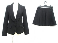 JILLbyJILLSTUART(ジルバイジルスチュアート)のスカートスーツ