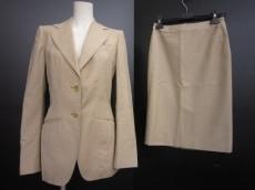 UMA ESTNATION(ユマエストネーション)のスカートスーツ