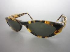 MCM(エムシーエム)のサングラス