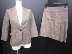 green label relaxing(グリーンレーベルリラクシング)のスカートスーツ