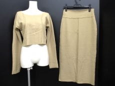INED(イネド)のスカートセットアップ