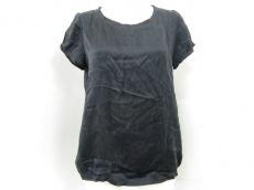 FRANQUEENSENSE(フランクウィーンセンス)のTシャツ