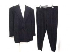 GIORGIOARMANI(ジョルジオアルマーニ)のメンズスーツ