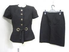 TAHARI(タハリ)のスカートスーツ