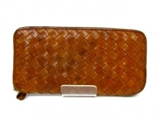 Paquet(パケ)の長財布