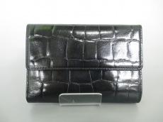 KAZUYONAKANO(カズヨナカノ)の3つ折り財布