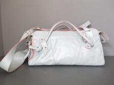 fxaFERRIRA(エフバイエーフェリーラ)のハンドバッグ