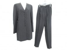 HERNO(ヘルノ)のレディースパンツスーツ