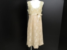 RENATONUCCI(レナトヌッチ)のドレス