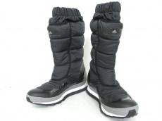 ADIDASBYSTELLAMcCARTNEY(アディダスバイステラマッカートニー)のブーツ