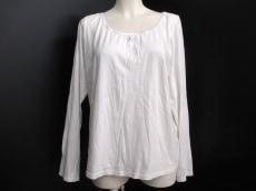 RoseTiara(ローズティアラ)のTシャツ