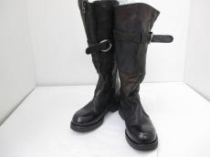 nylo(ナイロ)のブーツ
