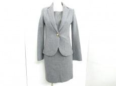 Le souk(ルスーク)のワンピーススーツ