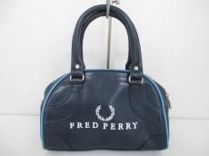 FREDPERRY(フレッドペリー)のハンドバッグ