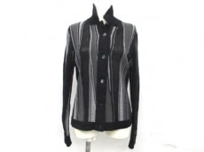 TIKI TIRAWA(ティキ ティラワ)のジャケット